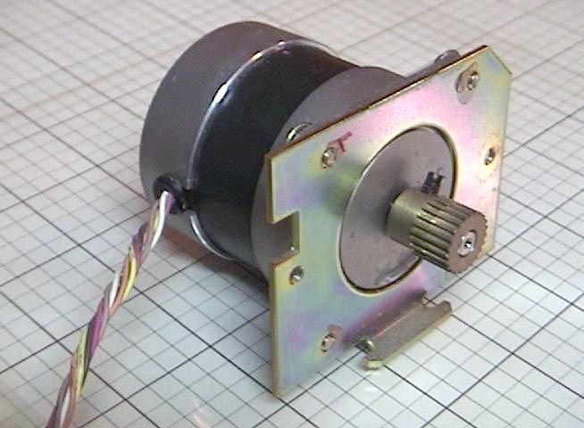 Used Stepper Motor 6 8vdc Pj55b1 13
