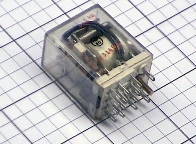 2 POTTER /& BRUMFIELD KH4703-1 RELAY 24VDC 1//10HP 3A 120VAC 3A 28VDC