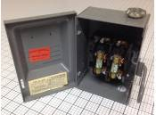 USED Enclosed Switch Fuse Box Federal Pacific 3322 AC-114 30 Amp
